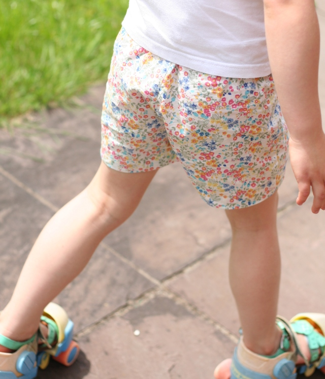 Flowery shorts and skates copy